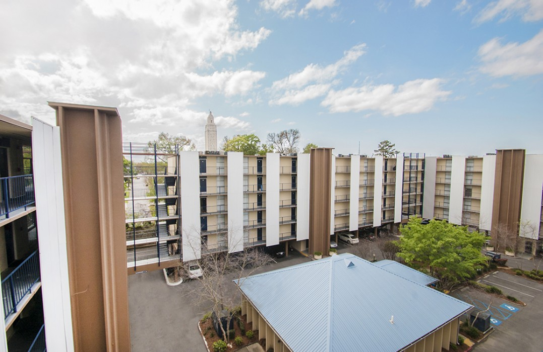 Lake Towers Apartments in Baton Rouge, LA - 1, 2, 3 Bedroom