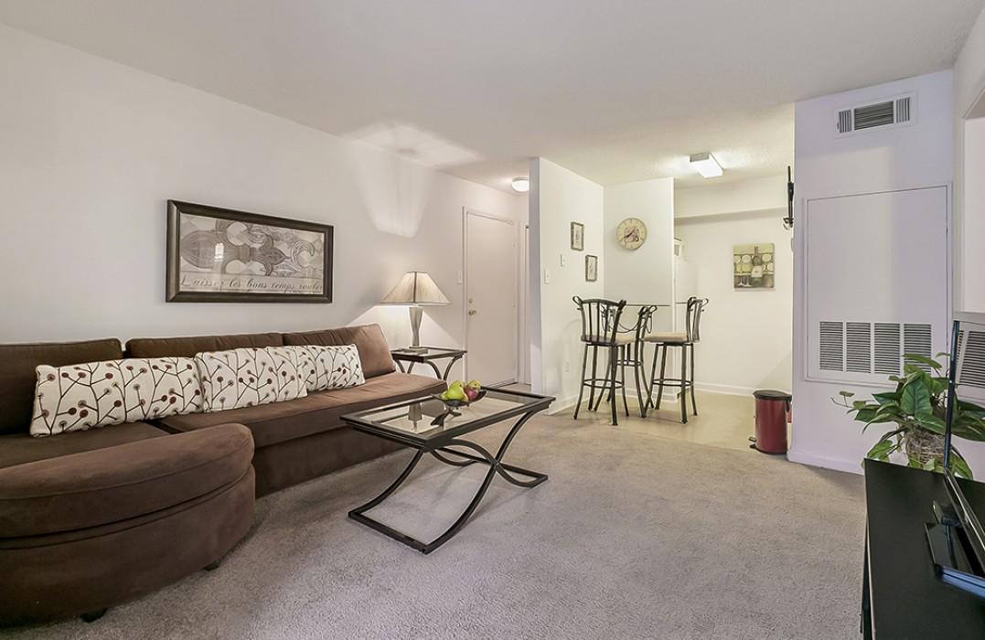 Premises Apartments In Metairie La 1 2 Bedroom Apartments For Rent 1st Lake Properties