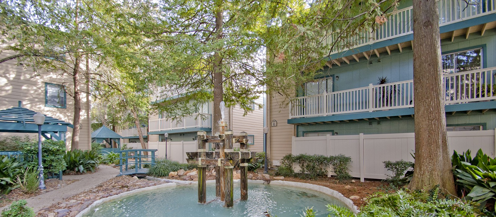 White Water Creek Apartments In Metairie La 1 2 3 Bedroom Apartments For Rent 1st Lake