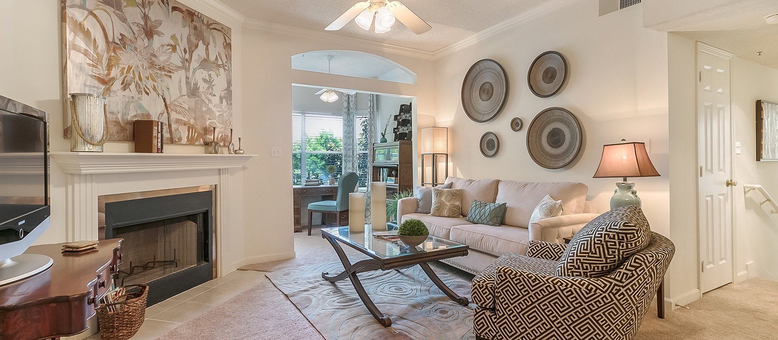 Lakes Of Chateau Estates North Apartments In Kenner La 1 2 Bedroom Apartments For Rent